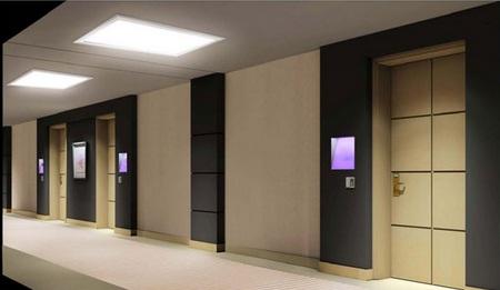 El in genio de las l mparas tendencias para iluminar los - Lamparas de pasillo de techo ...