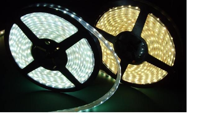 "LED ""O"" Flexible Strip IP66 maciza fondo blanco Green 12VDC 6,6W/meter cable 120? 78 led/m SMD 0,08W/led 10x2 mm x 1meter  IP68 Rohs Compliant"