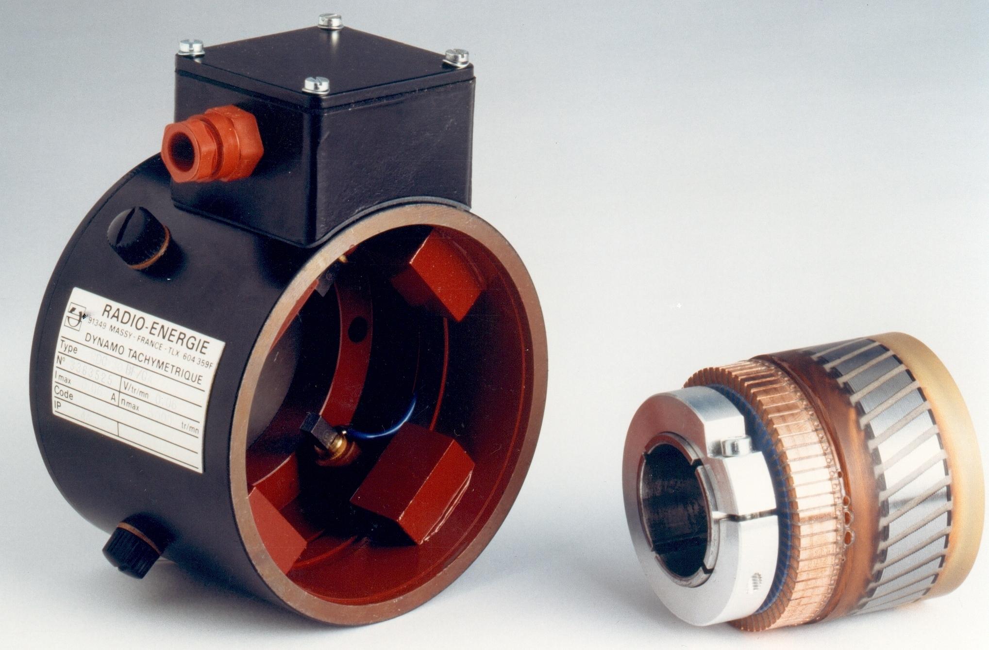 Dinamo tacométrica Eje hueco (60V, 24mm)